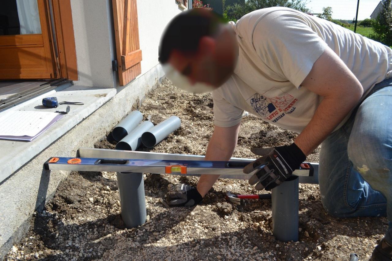 Comment Fabriquer Une Terrasse En Beton deuxième étape : plots bétons